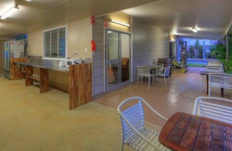 Kui Parks, Tropical Hibiscus Caravan Park, Mission Beach, Camp Kitchen