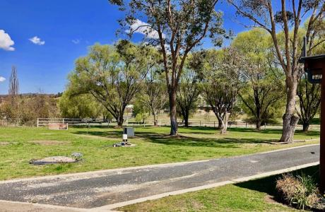 Walcha Caravan Park, Kui Parks, Walcha, Unpowered Sites